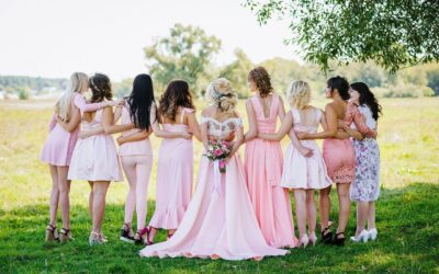 The Pros And Cons To A Backyard Wedding