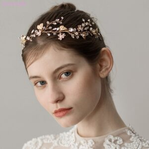 This is a very romantic and yet subtle vine for brides or bridesmaids but also flower girls.