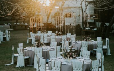 Backyard Wedding: 8 Ideas Your Guests Won't Realize Were So Cheap