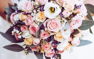 When to Draw the Line with Wedding Flower Arrangements